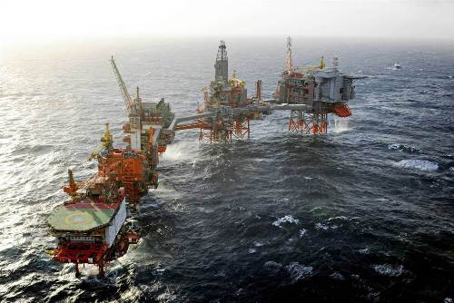 UK oil and gas reserves may last only a decade, study suggests